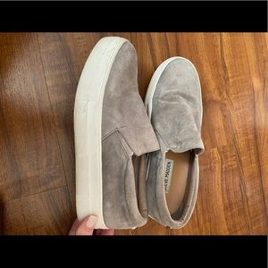 STEVE MADDEN gray suede slip ons size 6.5!